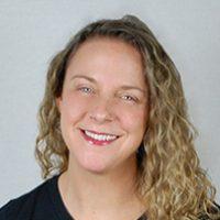 JENNIE – Massage Therapist